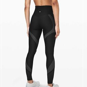 Lululemon Mapped Out Tight (HR)
